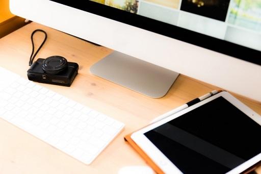 デジカメとパソコンとタブレット