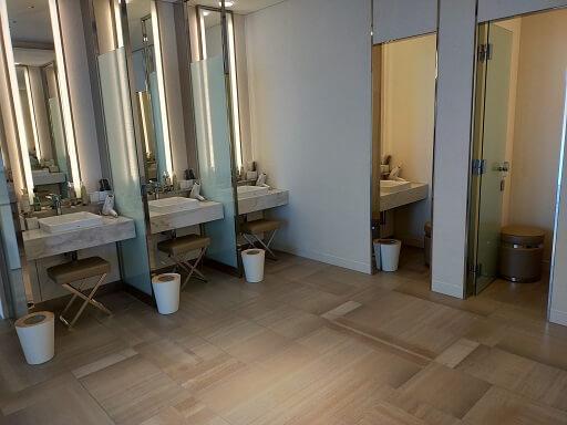 芦屋ベイコートスパの化粧室