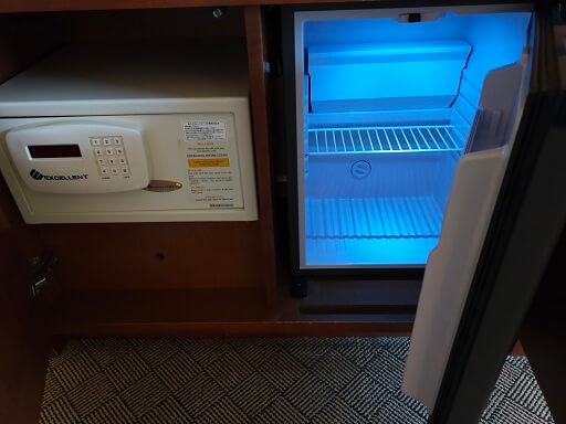 都ホテル岐阜長良川の金庫と冷蔵庫